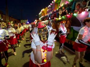 Boo! Thousands Crowd New Orleans Streets for 1st Parade